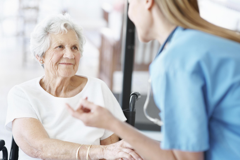 Elderly_Woman_with_Nurse